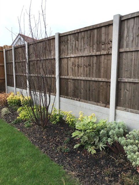 Concrete Retaining Fences