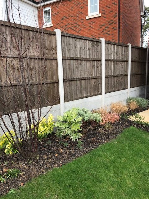 Retaining Fences Concrete Posts
